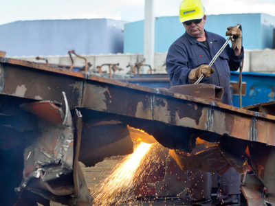 Hoffland | industriële sloopwerken en metaalrecycling